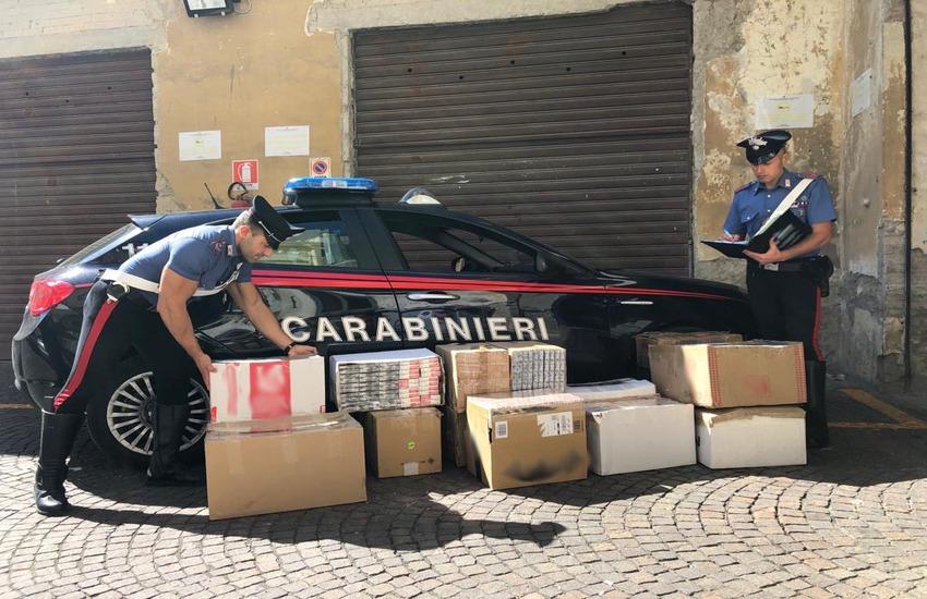 Mezza tonnellata di sigarette di contrabbando sequestrate. 2 persone denunciate dai Carabinieri
