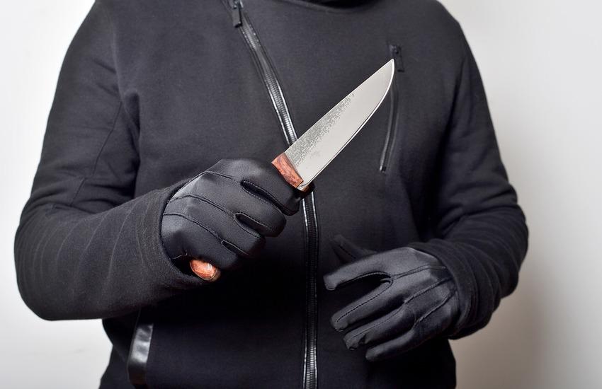 Rissa a colpi di bottiglia e coltello, tra minorenni, in Cittadella: denunciati due giovani tunisini