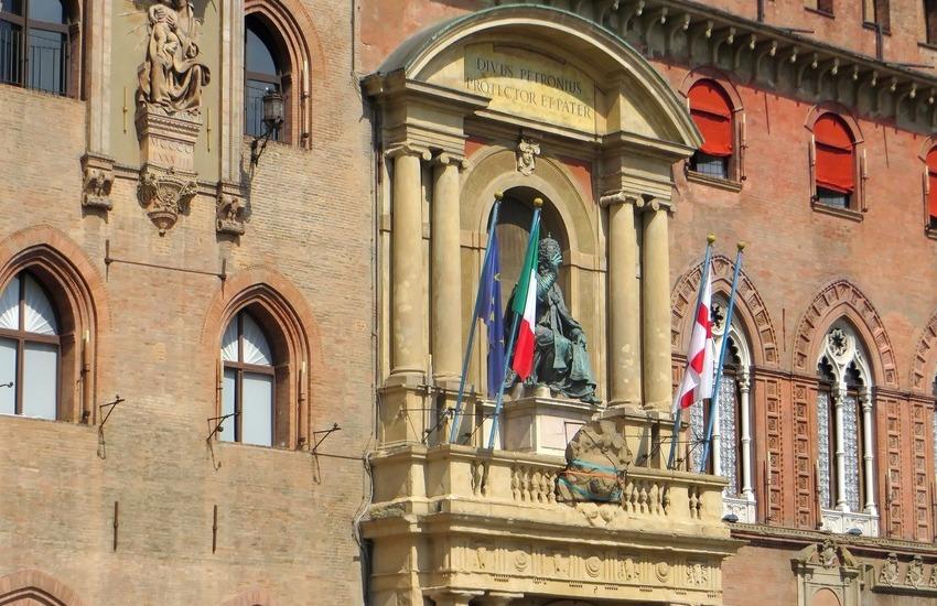 Situazione dei lavoratori della Fiera a Bologna