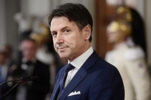"""Nuovo Dpcm, tanta Italia in """"arancione"""". Lombardia e Sicilia """"rosse"""""""