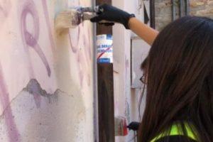 """Custodi degli spazi pubblici. A Macerata i giovani intraprendenti guadagnano 50 euro a settimana in """"buoni fatica"""""""