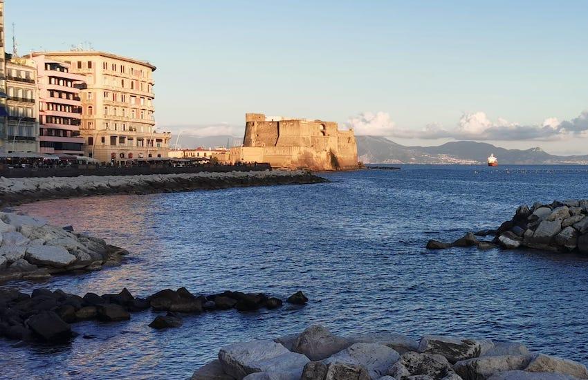 Napoli, stabilimenti balneari
