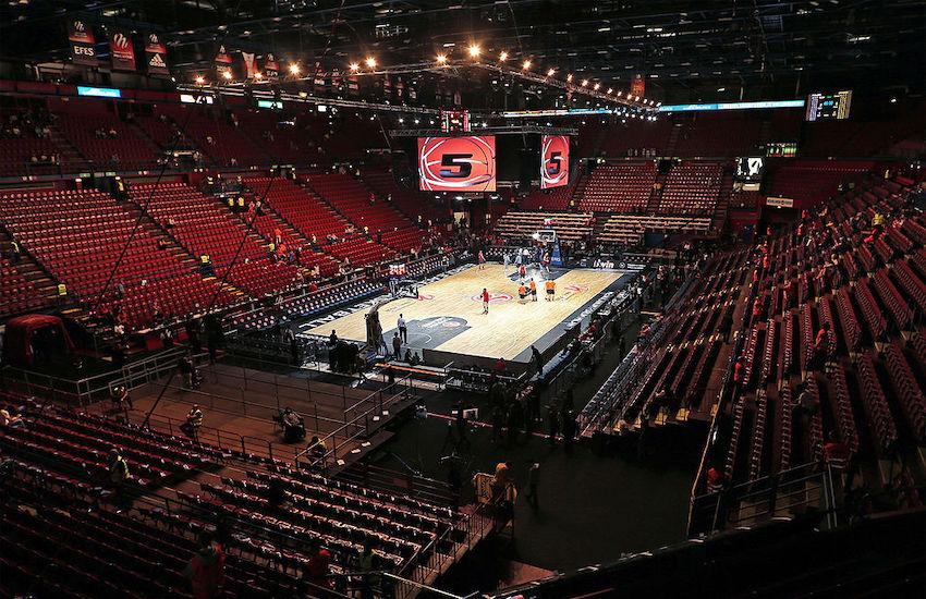 Olimpia Milano, Datome il colpaccio, ma manca un numero 4