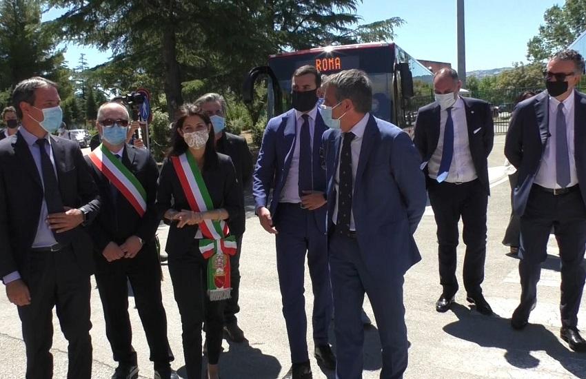 Flumeri – Vola la IIA, il sindaco di Roma alla consegna di 40 bus relativi alla commessa Atac di 328 unità