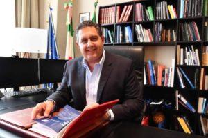 """Toti, l'appello: """"Situazione drammatica, serve concretezza per il bene degli italiani"""""""
