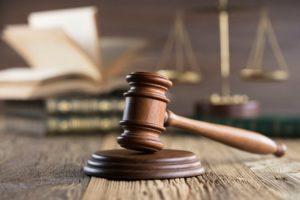 Tribunale di Prato, maltratta per quasi 10 anni una dipendente: un anno di reclusione