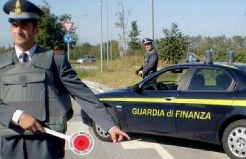 Padova, fermata maxi frode di carburante per oltre 400 milioni di euro: custodia cautelare per 2 padovani