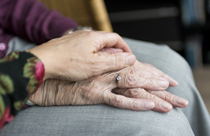 Alto Reno Terme (BO): anziano in difficoltà chiede aiuto