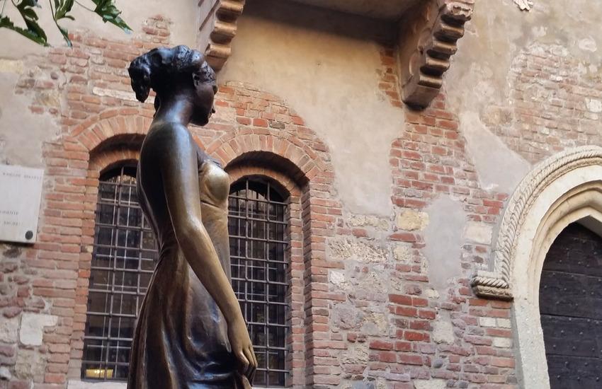Le statue raccontano, itinerario turistico sul sito del Comune di Verona