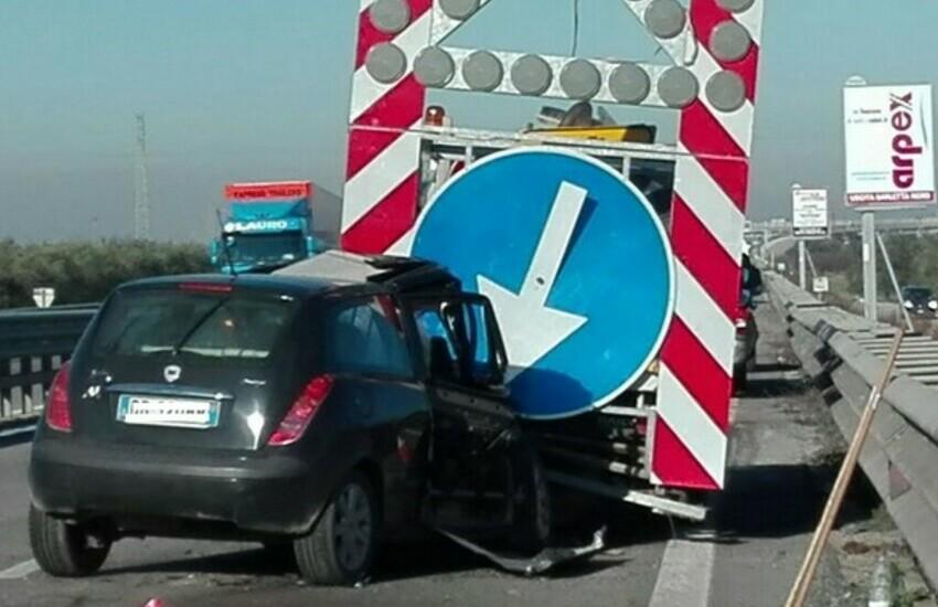Padova, tamponamento a catena in autostrada: un ferito e traffico in tilt