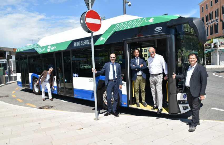 Al Lido 7 autobus elettrici a breve in circolazione