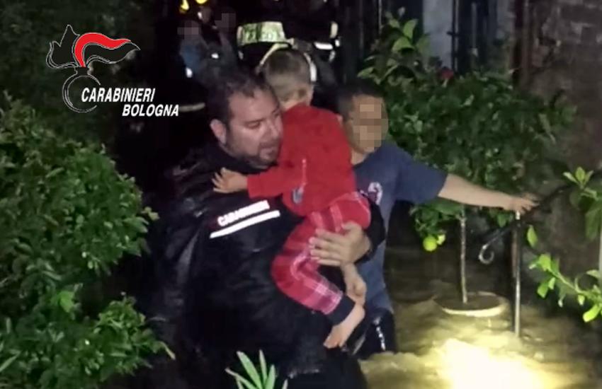 Maltempo Emilia-Romagna: straripa il Rio La Fossetta, salvata famiglia