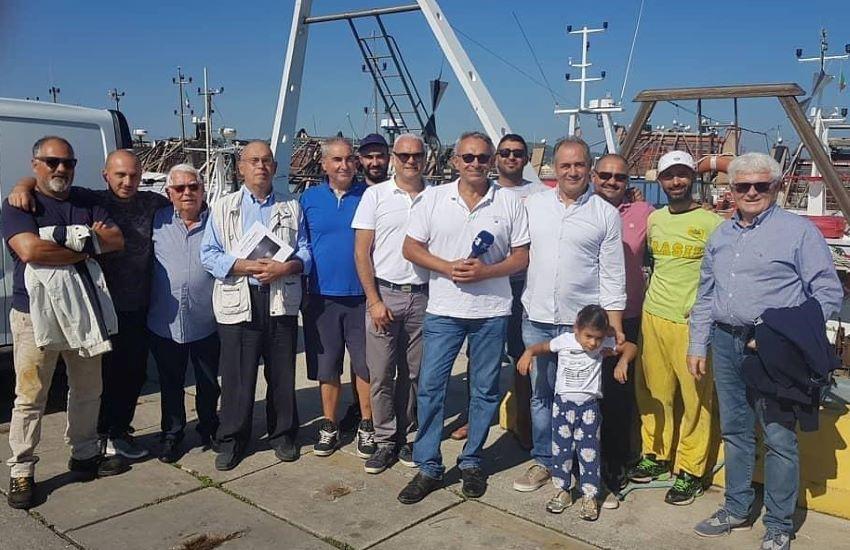 Per contrastare la crisi, pesca intelligente e rispetto dell'ambiente