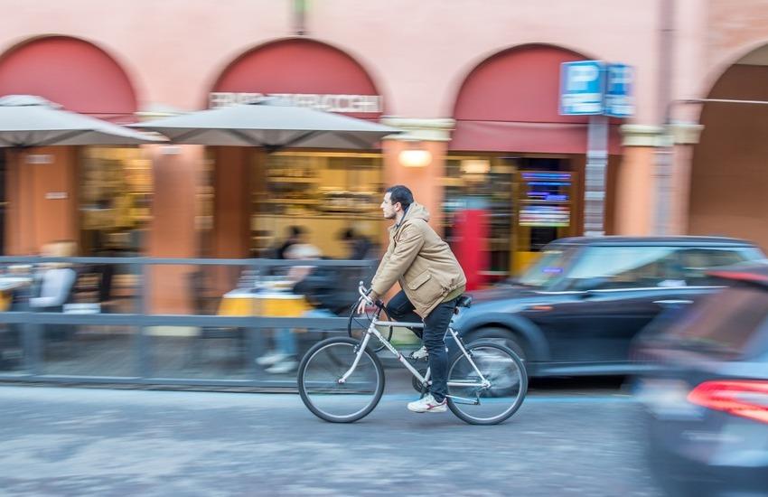 Mobilità ciclabile Bologna: al via i lavori in città