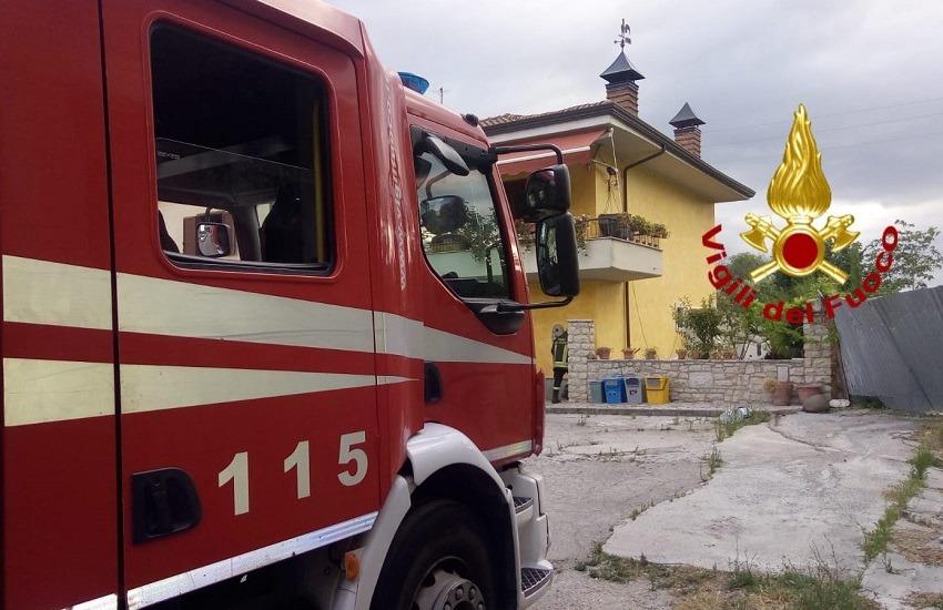 Montemiletto – Fuga di gas provoca l'esplosione in una villetta, due feriti al Moscati
