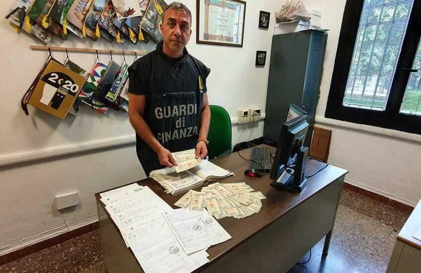 """Operazione """"Marchette"""": Guardia di Finanza Bologna"""