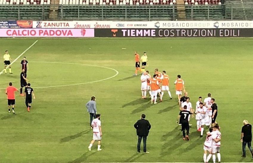 Calcio, il Padova pareggia con Sambenettese: passato il primo turno playoff