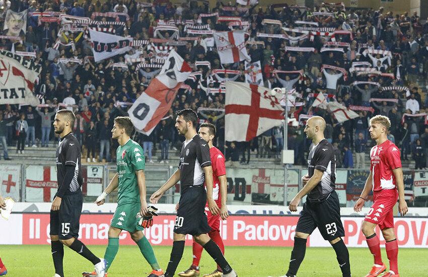 Calcio Padova, i biancoscudati fuori dai play-off contro la Juventus Under 23
