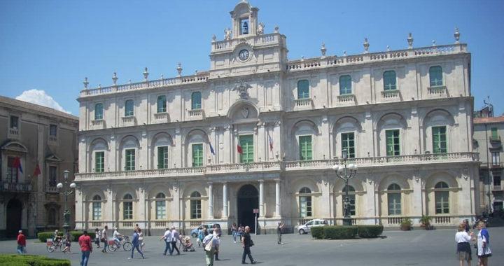 """Catania, """"Università bandita"""", a giudizio Basile, Pignataro e 7 docenti"""