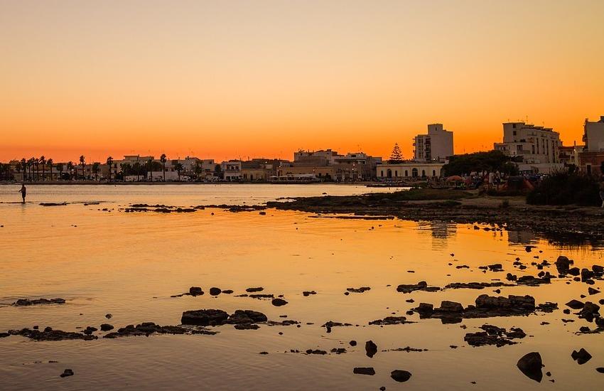 Destinazioni preferite dagli italiani, Gallipoli e Porto Cesareo tra le 30 più cercate