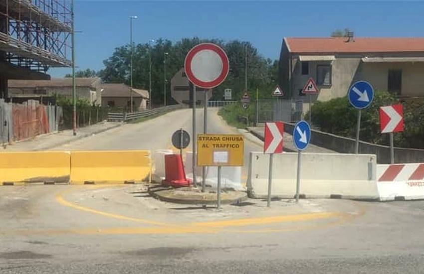 Cancello ed Arnone, senso unico alternato sul Ponte da martedì 20 in attesa dei lavori