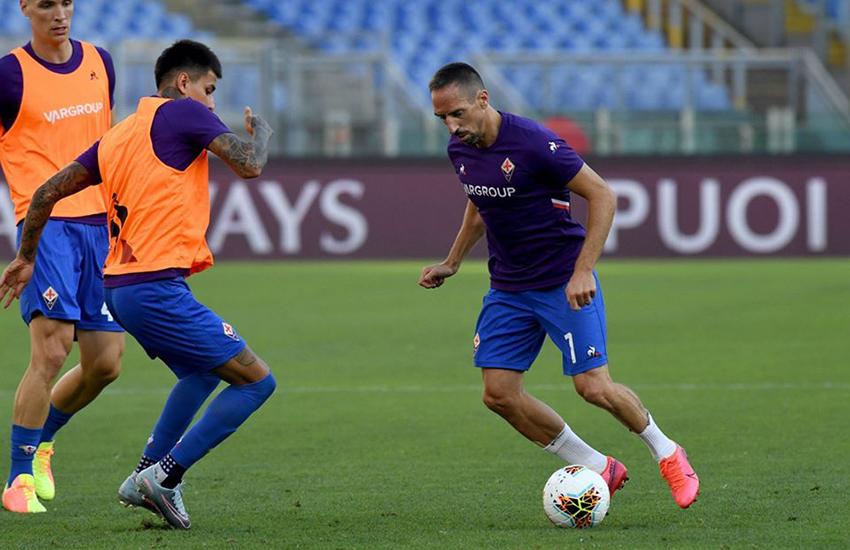 Due rigori, uno dubbio, e la Roma piega un'ottima Fiorentina: finisce 2-1