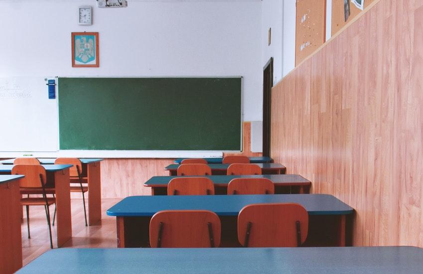 Primo giorno di scuola: assessore regionale alla Salute in visita