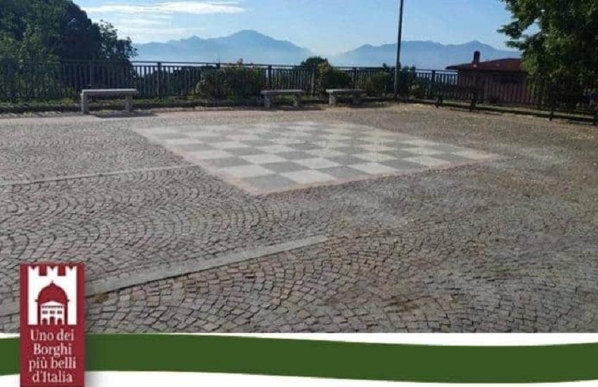 Summonte – IL 23 luglio l'inagurazione della damiera-scacchiera in piazza De Vito, Giuditta: tornare ai giochi tradizionali