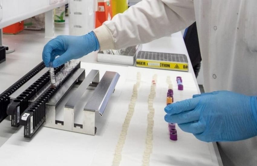 Coronavirus, cento nuovi casi in Campania con quasi duemila tamponi in meno