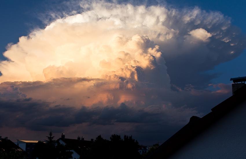 Domani 3 luglio allerta meteo, con temporali e grandinate