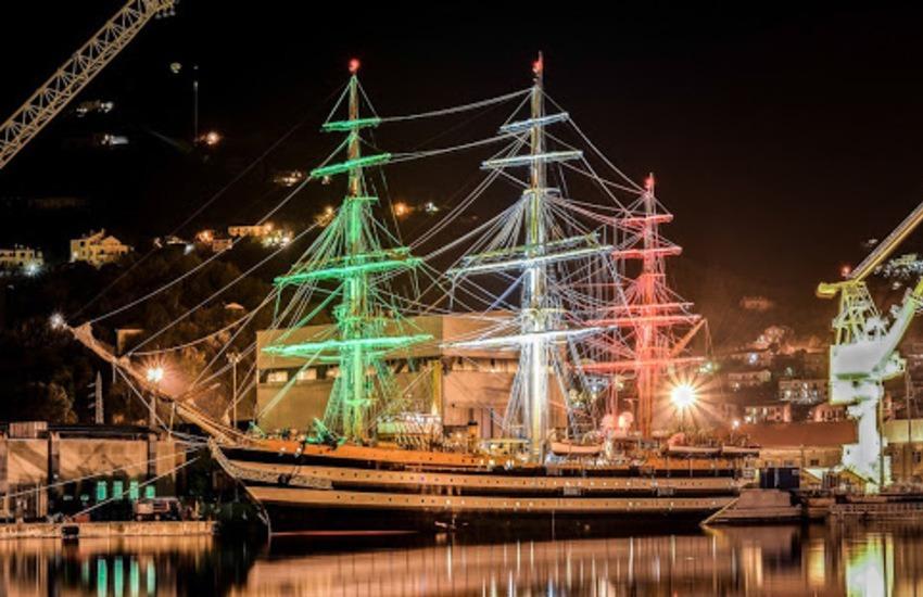 Amerigo Vespucci riprende il mare: saluta Genova passando stasera vicino alla costa