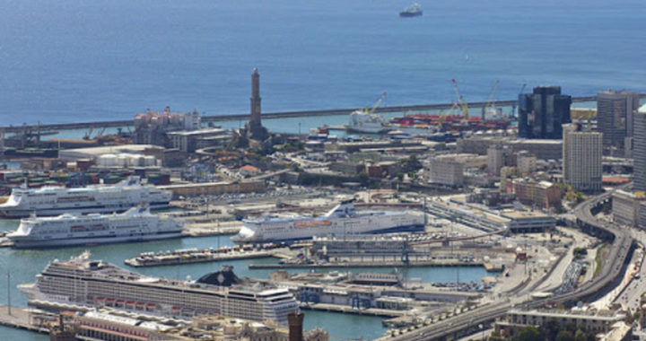 Autostrade, Liguria nel caos. Sospensione del pedaggio su 150 km per il 4 luglio. Il colosso Cosco lascia Genova.