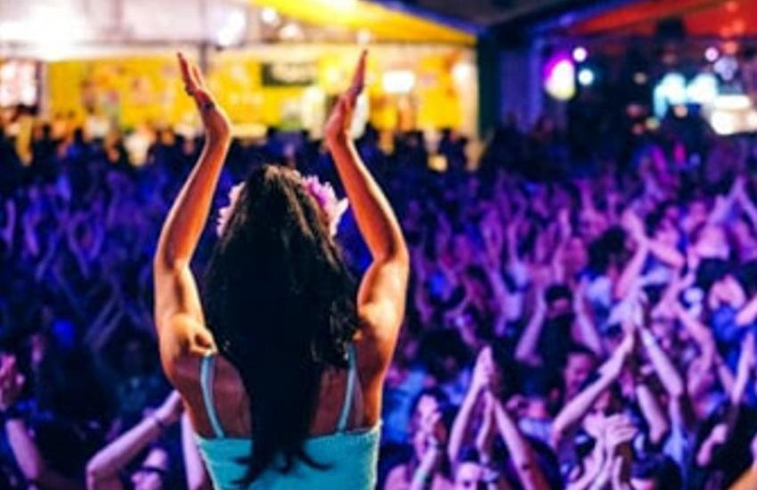 Pride Village: un weekend tutto al femminile con musica, spettacoli e karaoke