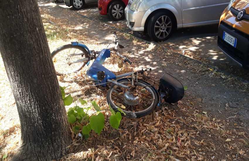 Livorno: 31 biciclette abbandonate in città  rimosse dalla Polizia Municipale