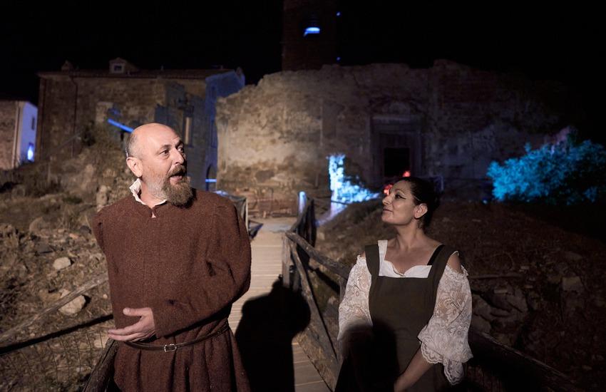 Ferragosto con Benvenuto Cellini nel borgo fantasma di Celleno