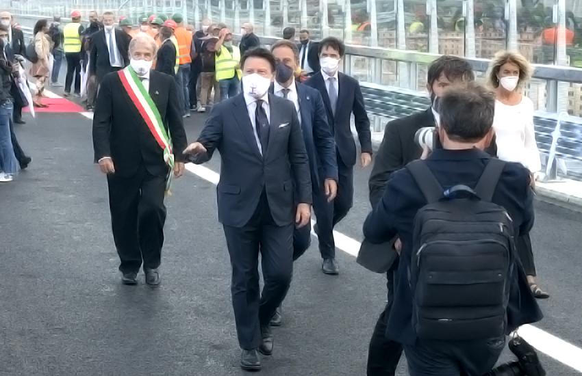 Conte sul Pone Genova San Giorgio