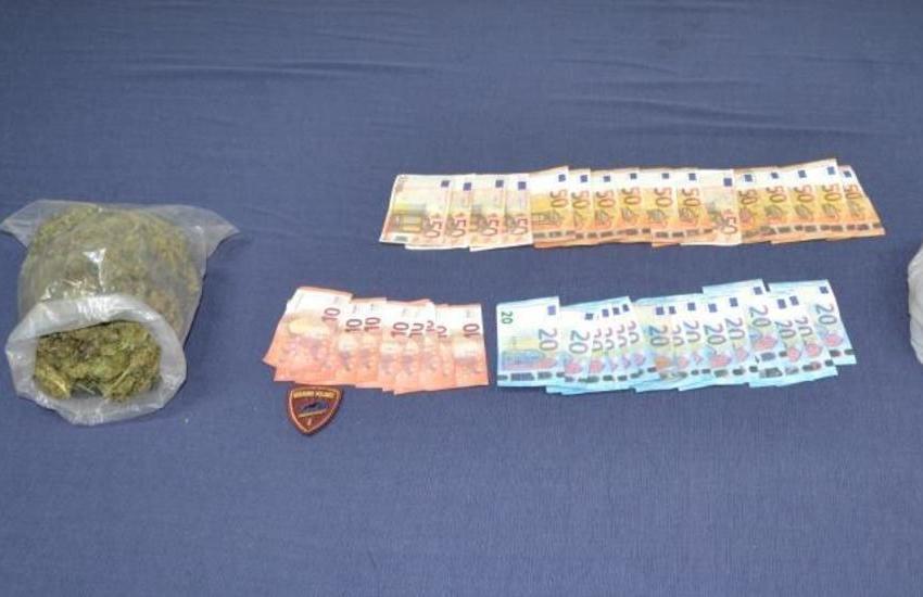 Gioia Tauro: arrestati 2 spacciatori per possesso di droga