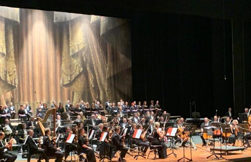 Scuola Scodanibbio e bambini venezuelani del progetto Abreu, il concerto natalizio è solidarietà