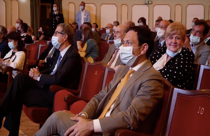 """L'impegno di Razza per gli odontoiatri siciliani: """"Parte attiva al ministero per inserirvi nel piano anti Covid"""""""