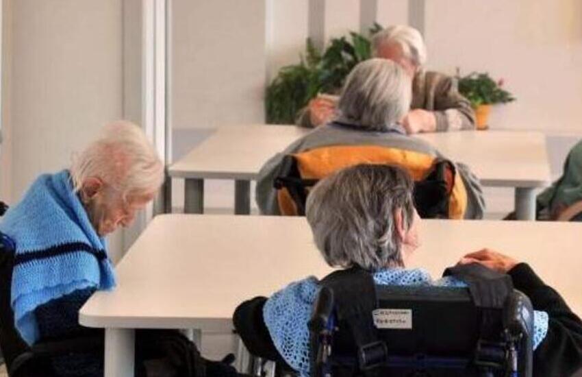 Alta Padovana, 95enne morta per coronavirus in casa di riposo: esposto della famiglia in procura che ora indaga