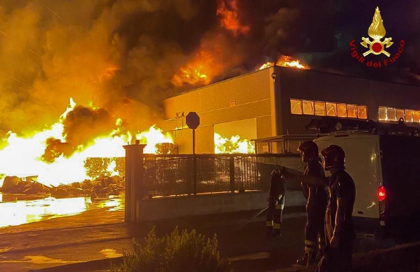 Aprilia, il sindaco intima alla Loas di mettere in sicurezza l'area interessata dall'incendio del 9 Agosto