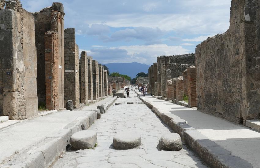 """Nasce l'Itinerario Unesco """"Creator Vesevo"""". 4 milioni per valorizzare Napoli, Ercolano, Pompei e Torre Annunziata"""
