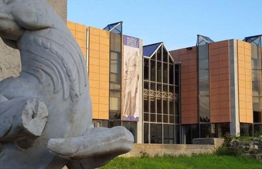 Ispettori dell'Asp al MuMe (Museo di Messina) dopo l'esposto dell'Ugl
