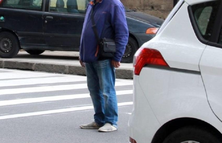 Piazza San Francesco, via Pacini, lotta ai parcheggiatori abusivi in tutta la città