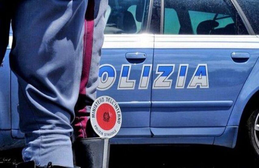 Sequestrato capannone abusivo per la rottamazione ed esportazione illegale di auto