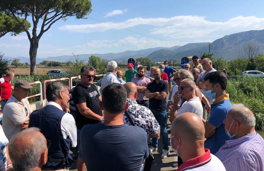 Delegazione di FdI sul ponte Maggiore a Terracina; appello a Provincia e Anas per il ripristino