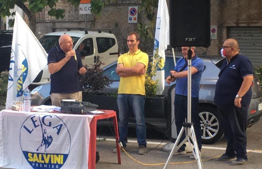 Adinolfi a Cori per protestare contro la politica sugli immigrati della Ue
