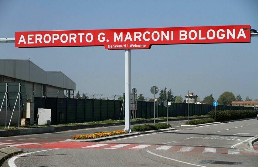 Aeroporto Marconi Bologna: al via i tamponi per chi rientra dai Paesi a rischio