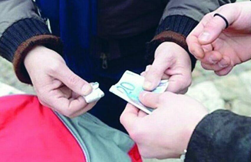 Bassa Padovana, smantellata banda di baby pusher: due arresti e tre denunciati
