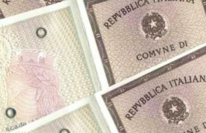 carta d'identità prenotazione online smart working 5 mesi attesa bari puglia